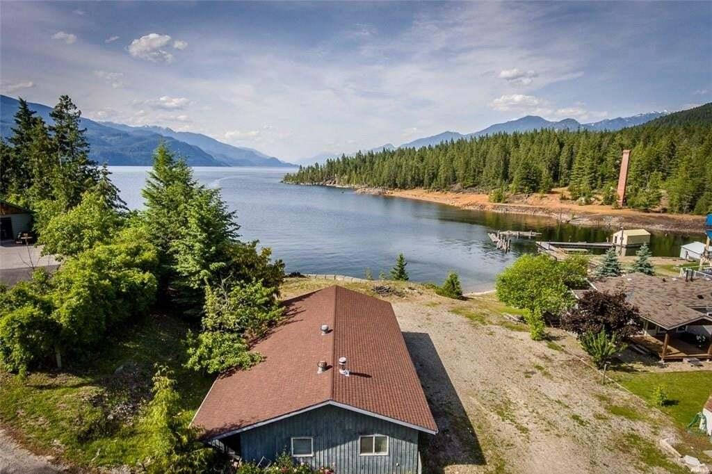 House for sale at 17476 Pilot Bay Road  Kootenay Bay British Columbia - MLS: 2429990