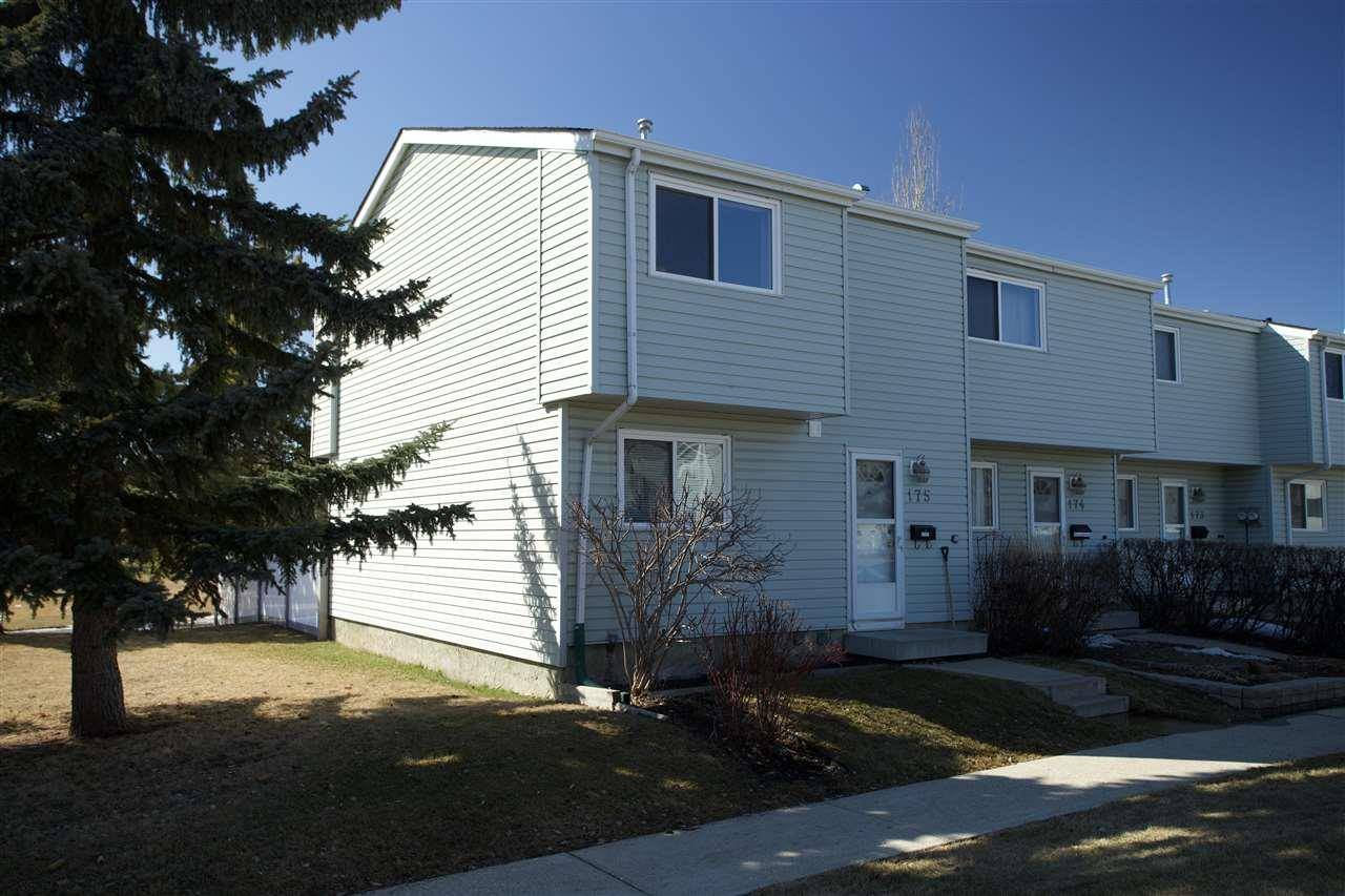 Townhouse for sale at 175 Dickinsfield Ct Nw Edmonton Alberta - MLS: E4194495