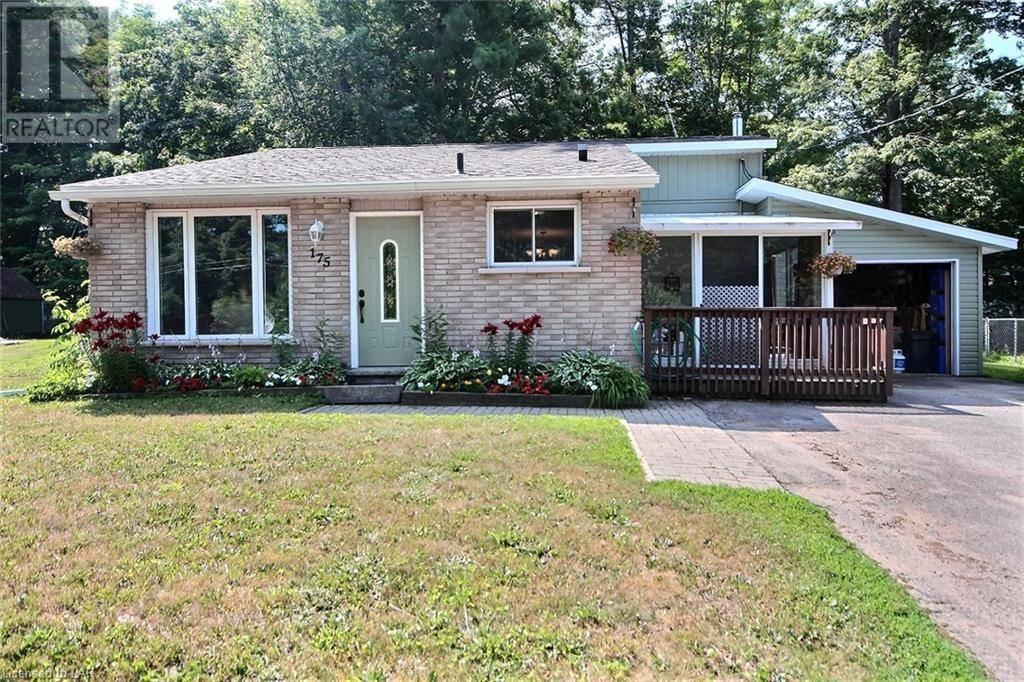 House for sale at 175 Lorne St Gravenhurst Ontario - MLS: 211146