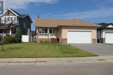 House for sale at 176 Beechdale Cres Saskatoon Saskatchewan - MLS: SK760780