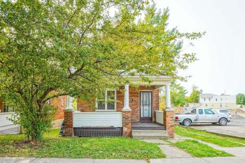 Townhouse for sale at 176 Church St St. Catharines Ontario - MLS: X4913892