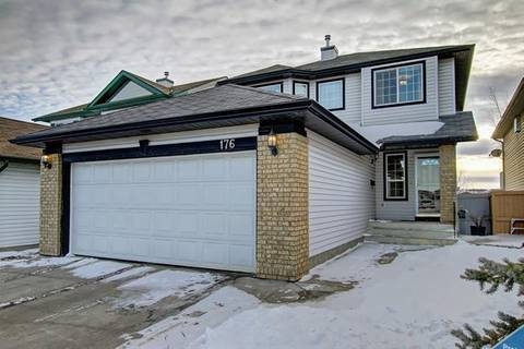 House for sale at 176 Country Hills Wy Northwest Calgary Alberta - MLS: C4286524