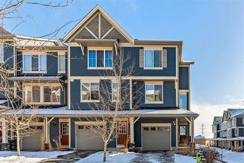 Townhouse for sale at 176 Evansview Garden(s) Northwest Calgary Alberta - MLS: C4286890