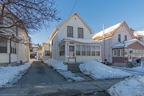 House for sale at 176 Fourth St Midland Ontario - MLS: 40055157