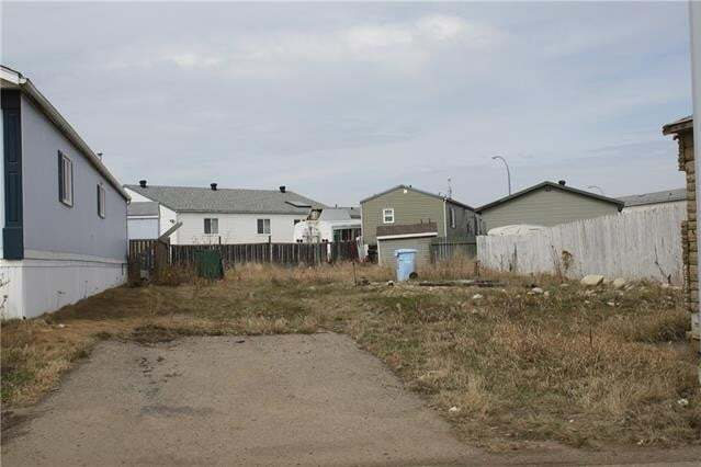 Residential property for sale at 176 Greenwich Ln Fort Mcmurray Alberta - MLS: FM0191433