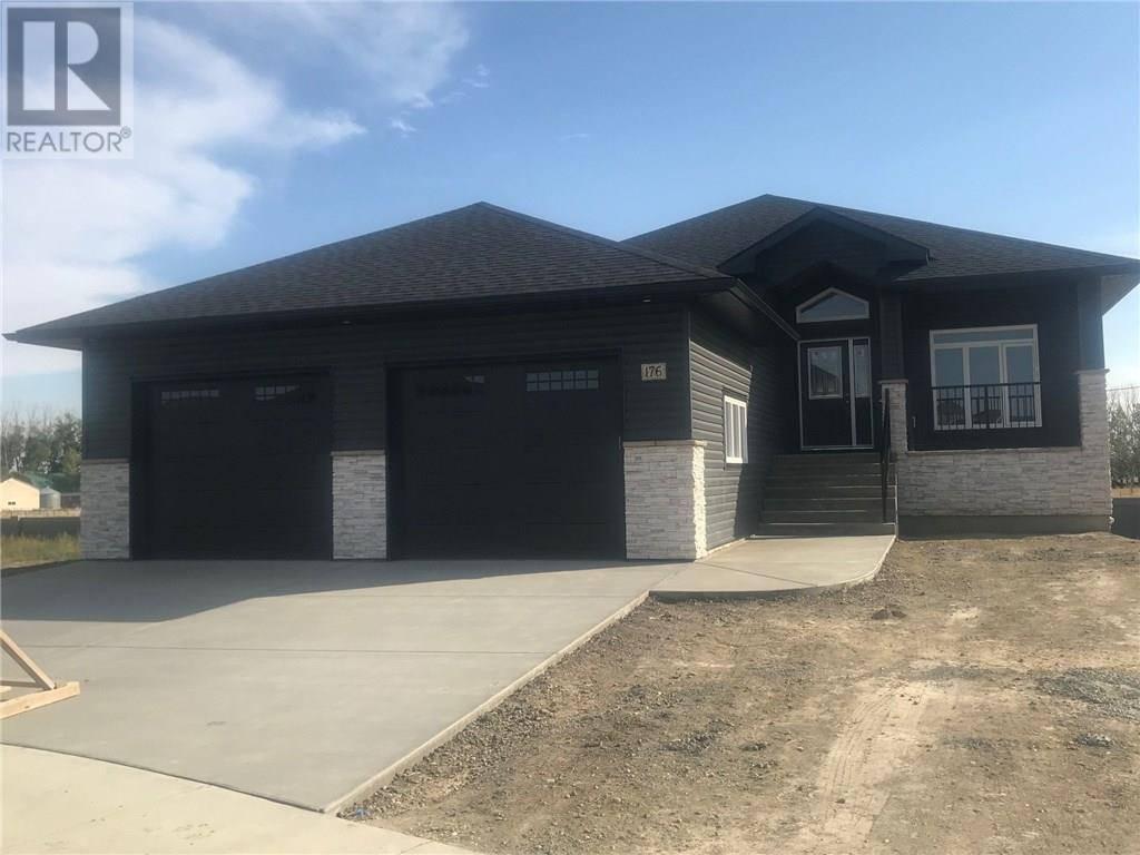 House for sale at 176 Hamptons Cres Se Medicine Hat Alberta - MLS: mh0122714