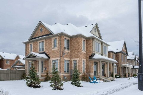 Townhouse for rent at 176 Moody Dr Vaughan Ontario - MLS: N4995486