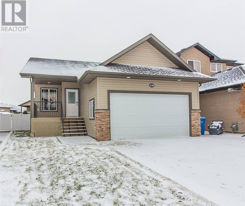 House for sale at 176 Stratton Rd Se Medicine Hat Alberta - MLS: mh0184340