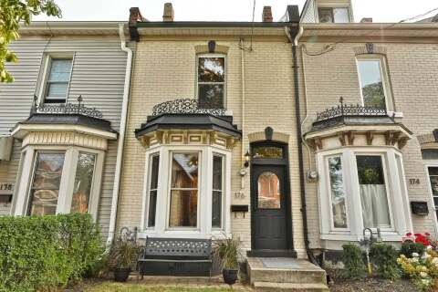Townhouse for sale at 176 West Ave Hamilton Ontario - MLS: X4919065