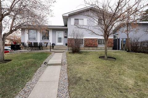 House for sale at 1760 42 St Northeast Calgary Alberta - MLS: C4240707