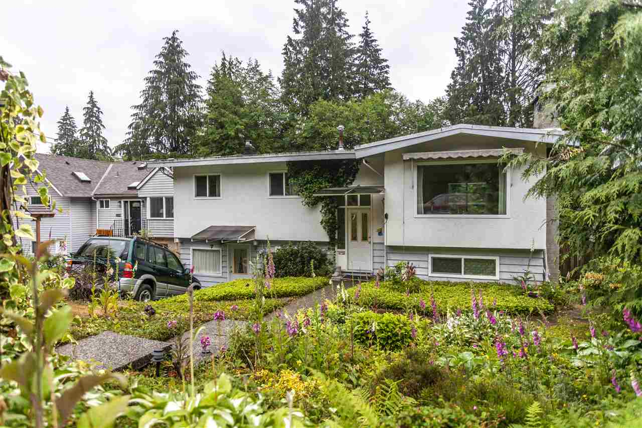 Sold: 1760 Deep Cove Road, North Vancouver, BC