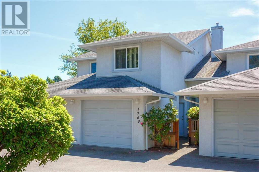Townhouse for sale at 1769 Bay St Victoria British Columbia - MLS: 415468