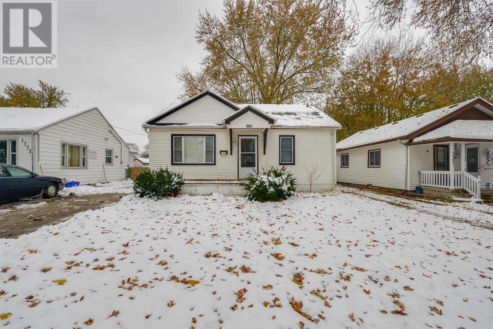 House for sale at 1769 Buckingham  Windsor Ontario - MLS: 19028444