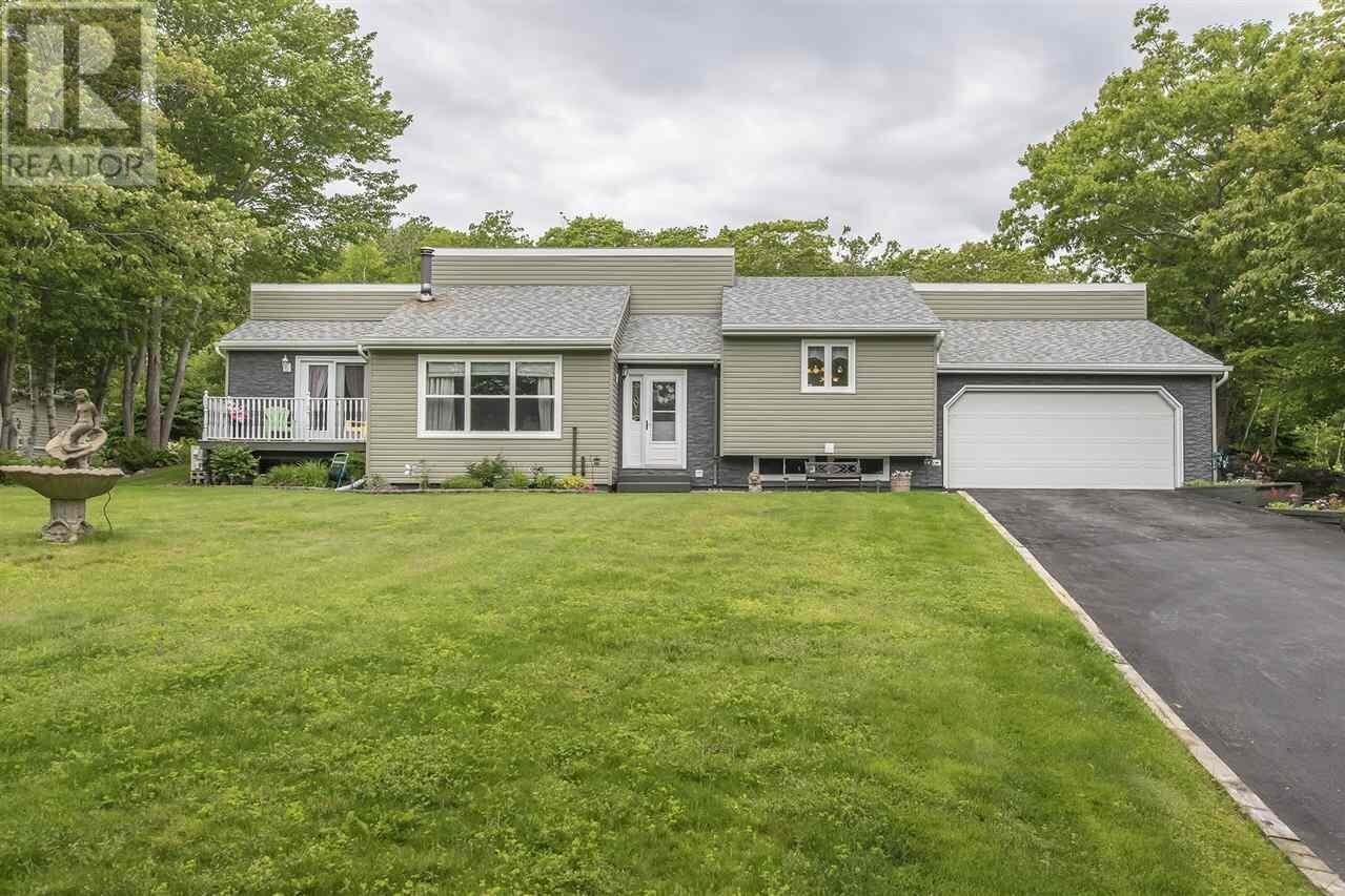 House for sale at 1769 Cole Harbour Rd Dartmouth Nova Scotia - MLS: 202011788