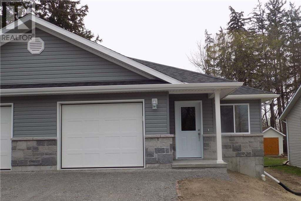 Home for sale at 177 Elgin St Madoc Ontario - MLS: 270291