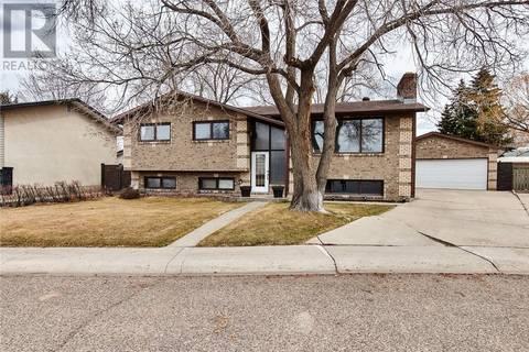 House for sale at 177 Hull Cres Ne Medicine Hat Alberta - MLS: mh0162458