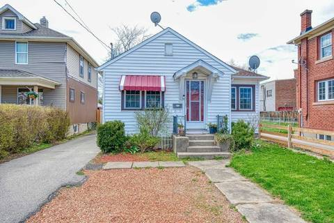 House for sale at 177 Lake St St. Catharines Ontario - MLS: X4750203