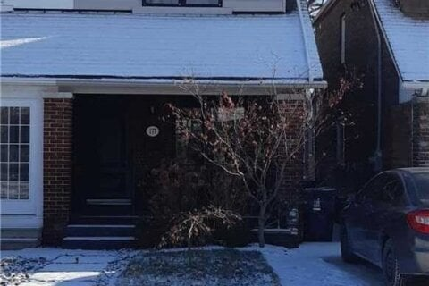 Townhouse for rent at 177 Lawlor Ave Toronto Ontario - MLS: E5078800