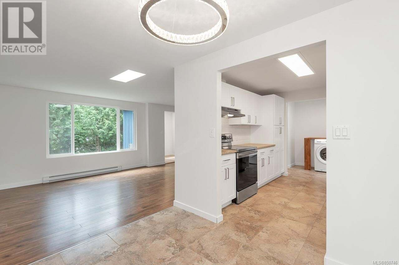 1770 Holmstrom , Campbell River | Image 2