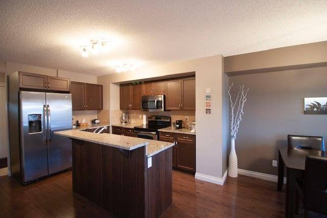 Townhouse for sale at 17724 10 Ave Sw Edmonton Alberta - MLS: E4176980