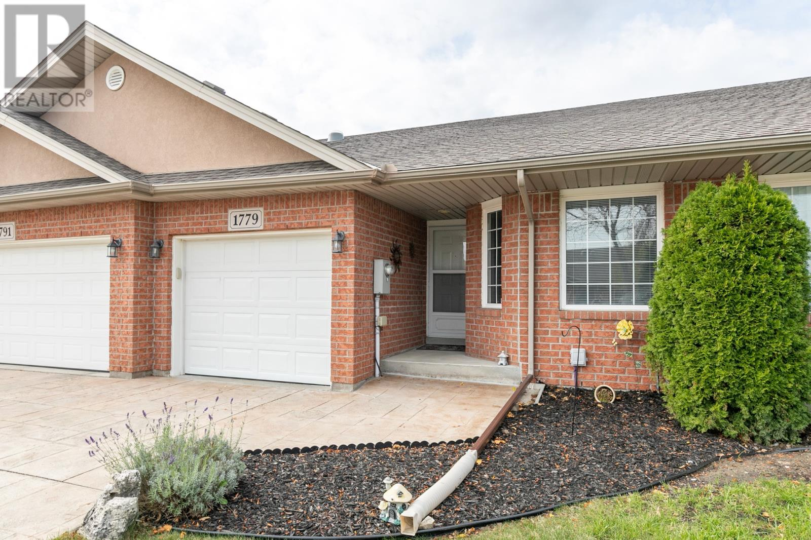 Removed: 1779 Chateau, Windsor, ON - Removed on 2019-11-16 06:00:12