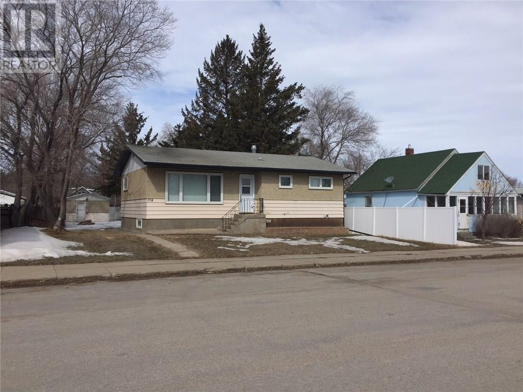 For Sale: 178 Company Avenue, Fort Quappelle, SK | 2 Bed, 1 Bath House for $154,900. See 13 photos!