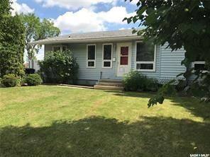 House for sale at 178 Douglas Cres Saskatoon Saskatchewan - MLS: SK806504