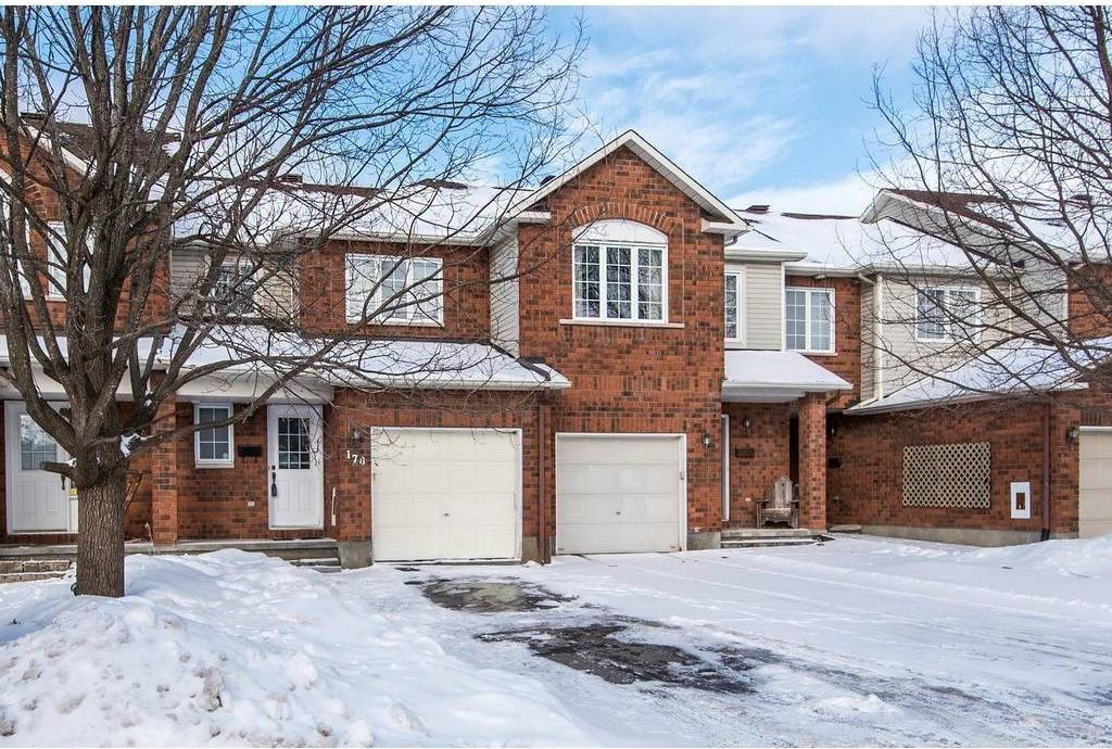 Townhouse for rent at 178 Forestglade Cres Ottawa Ontario - MLS: 1169800