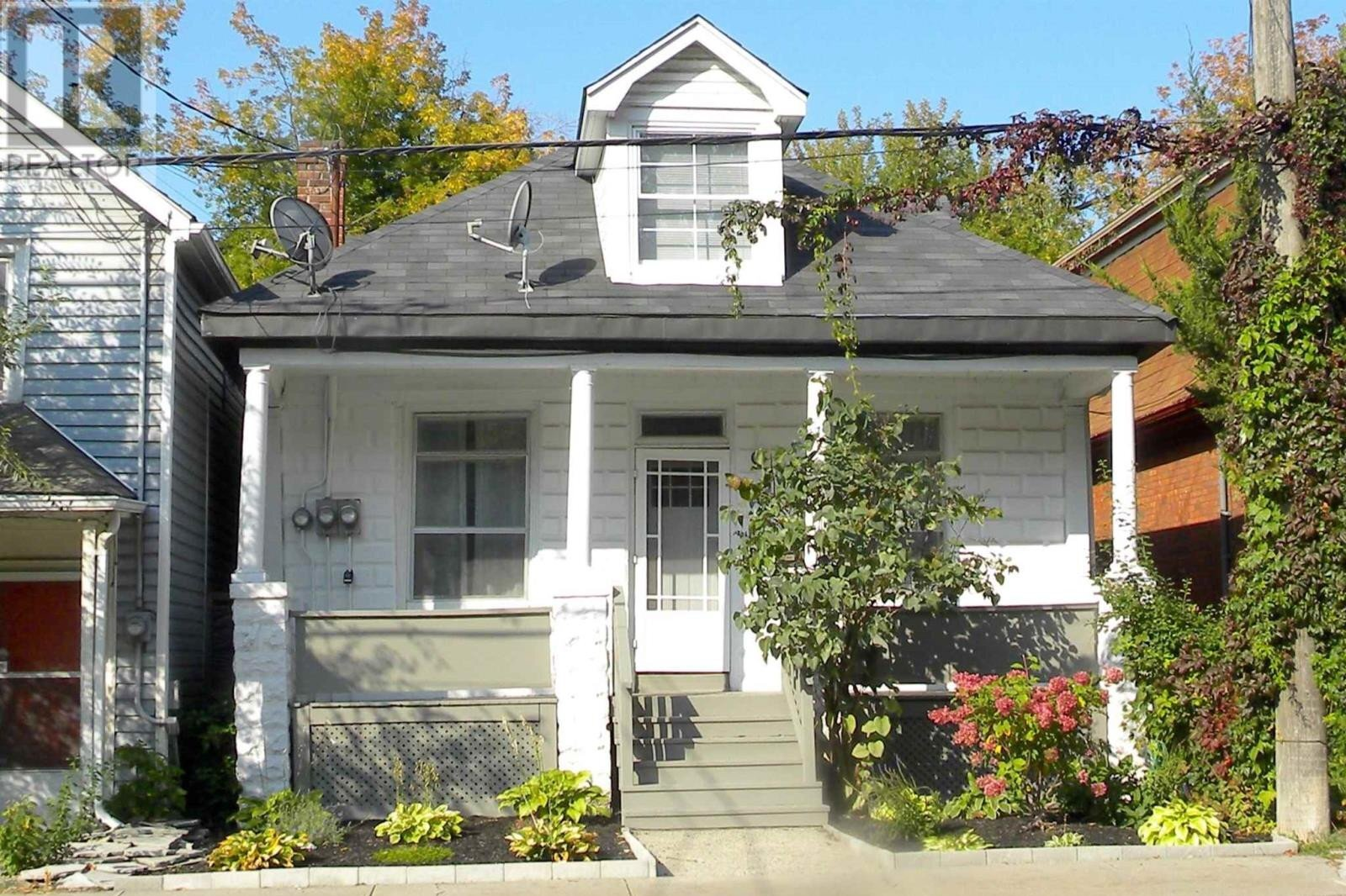 Townhouse for sale at 178 Montreal St Kingston Ontario - MLS: K20005847