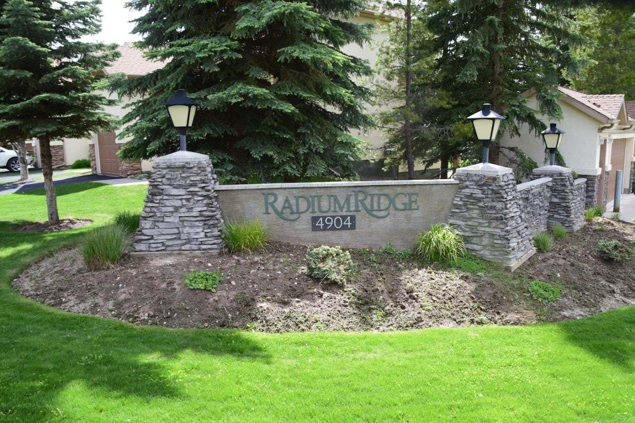 Townhouse for sale at 4904 Ridge Road  Unit 179 Radium Hot Springs British Columbia - MLS: 2452406