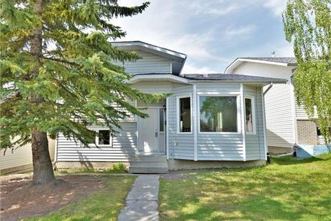 House for sale at 179 Hawkwood Blvd Northwest Calgary Alberta - MLS: C4248493