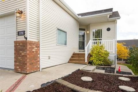 Townhouse for sale at 179 Sandstone Dr Okotoks Alberta - MLS: C4226276