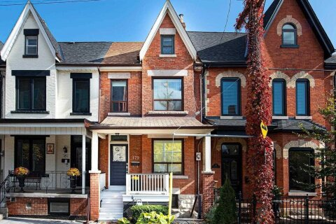 Townhouse for sale at 179 Shaw St Toronto Ontario - MLS: C4977518