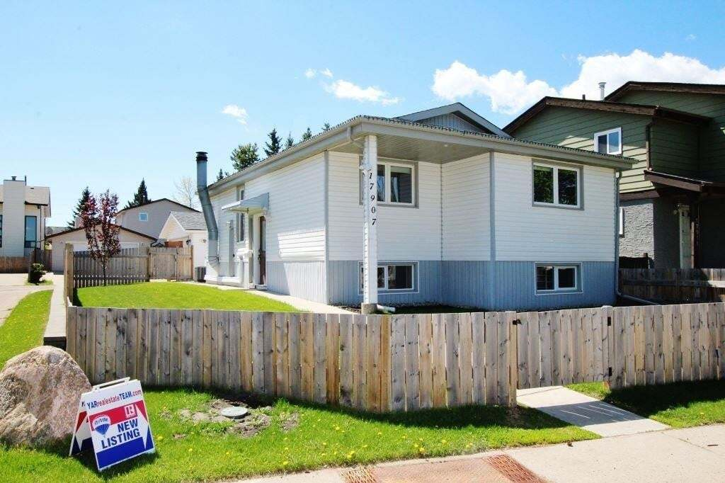 House for sale at 17907 77 Av NW Edmonton Alberta - MLS: E4199107