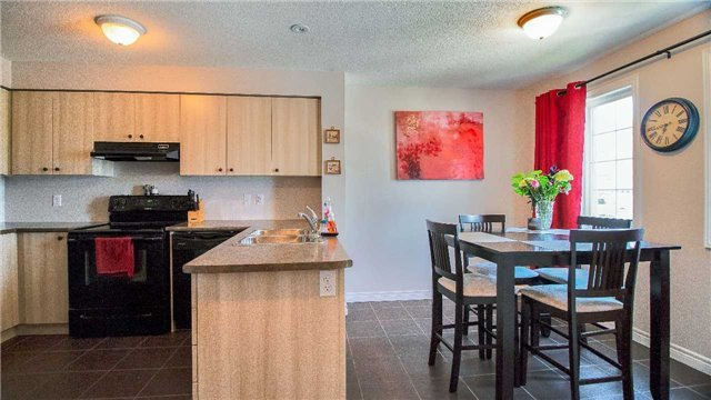 For Sale: 17b - 15 Carere Crescent, Guelph, ON | 3 Bed, 2 Bath Condo for $389,000. See 11 photos!