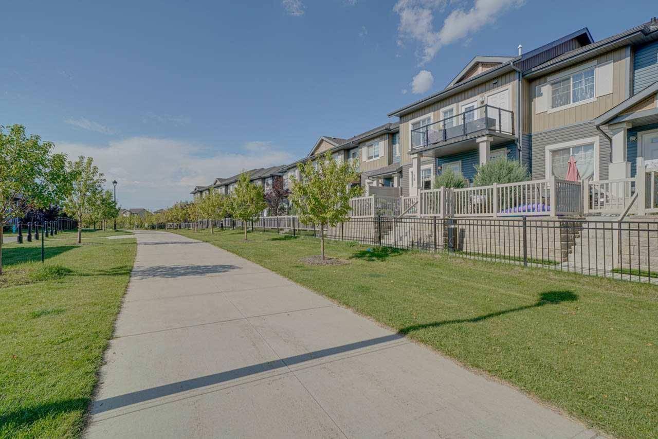 Townhouse for sale at 1030 Chappelle Blvd Sw Unit 18 Edmonton Alberta - MLS: E4175766
