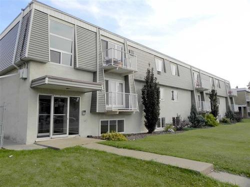 Buliding: 10325 156 Street, Edmonton, AB