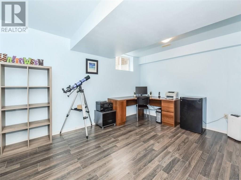 18 - 105 Pinnacle Drive, Kitchener — For Sale @ $399,900 | Zolo.ca