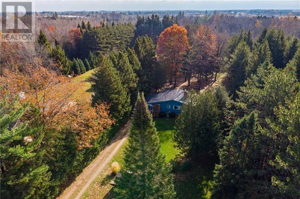 House for sale at 135 Sideroad 18 Sideroad Unit 18 Fergus Ontario - MLS: 30790885