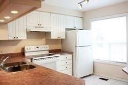 Apartment for rent at 1540 Reeves Gt Unit 18 Oakville Ontario - MLS: W4511104