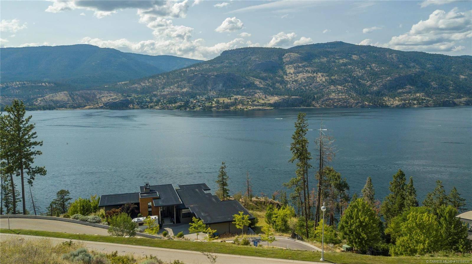 Home for sale at 180 Sheerwater Ct Unit 18 Kelowna British Columbia - MLS: 10189538