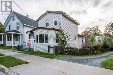 Townhouse for sale at 18 Pleasant St Unit 18 Dartmouth Nova Scotia - MLS: 201825803