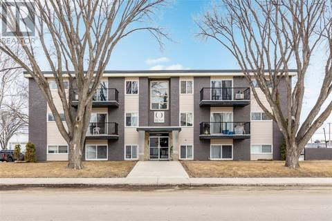 Condo for sale at 2301 7th St E Unit 18 Saskatoon Saskatchewan - MLS: SK803992
