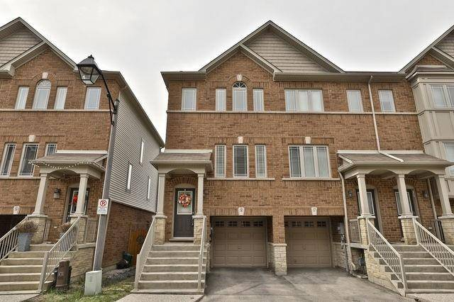 Buliding: 25 Viking Drive, Hamilton, ON