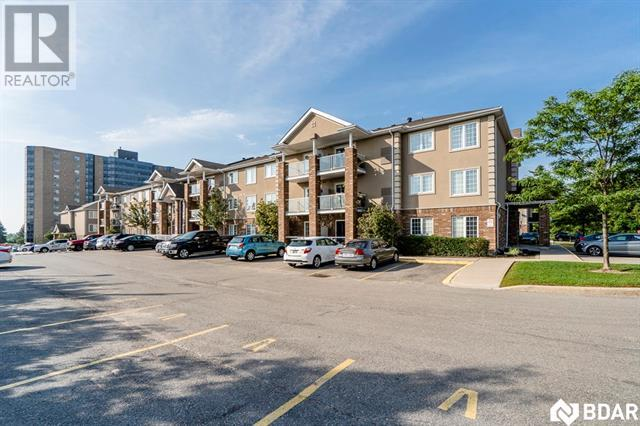 Buliding: 41 Coulter Street, Barrie, ON