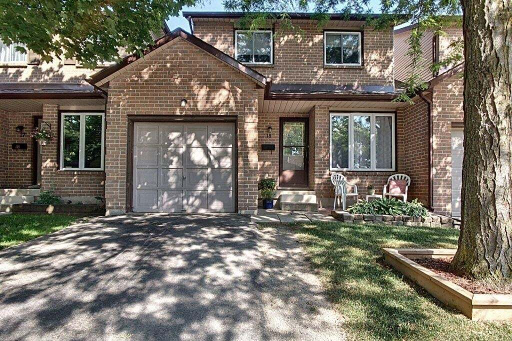 Townhouse for sale at 618 Barton St Unit 18 Stoney Creek Ontario - MLS: H4081612