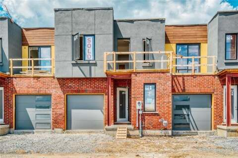 Townhouse for sale at 8-1465 Station St Unit 18 Fonthill Ontario - MLS: 40012510