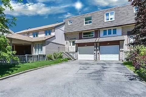 Townhouse for sale at 18 Amberwood Sq Brampton Ontario - MLS: W4727543