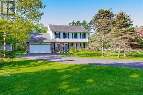 House for sale at 18 Ambleside Dr Douglas New Brunswick - MLS: NB026016