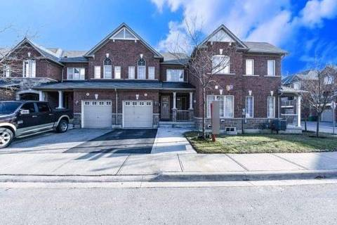 Townhouse for sale at 18 Bellhaven Cres Brampton Ontario - MLS: W4642225